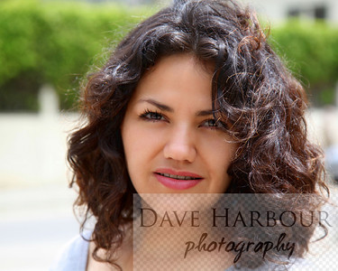 Madres y hermanas de Ecuador, Copyright Dave Harbour 2013 (Model Release Is Available)