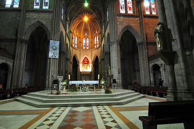 La Basilica del Voto National Cathedral, inside