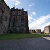 En Mayo de 1573 despues de un bombardeo devastador de 11 dias, las defensas del castillo medieval del lado este se derrumban, Kirkcaldy se rinde y es ejecutado. Inmediatamente Regent Morton ordena que comience el trabajo de reconstruccion del danado castillo. Mucho de lo que se ve hoy del castillo es de esta epoca.