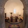 El altar de la capilla, en un casamiento no debe haber lugar para el fotografo.