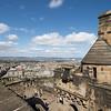 A fines de 1688 el Protestante William of Orange llega a Inglaterra y el catolico James VII de Escocia y II de Inglaterra, el ultimo Rey Stewart, huye en exilio. William y su mujer Mary (la hija mayor de James VII) son proclamados soberanos de Inglaterra. El gobernador del Castillo de Edimburgo en ese momento era el Duque de Gordon, un fiel seguidor del Rey James, que prepare el lugar para defensa.