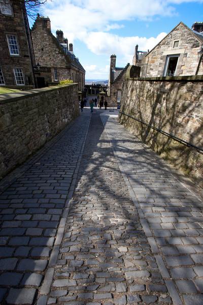 Tres meses mas tarde, el 24 de junio de 1314 cerca de Stirling, el ejercito escoces derrota a los ingleses en la batalla de Bannockburn.