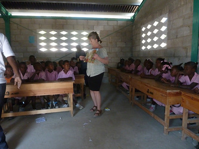 Lisa Botts teaching Bible School at the Delatte School