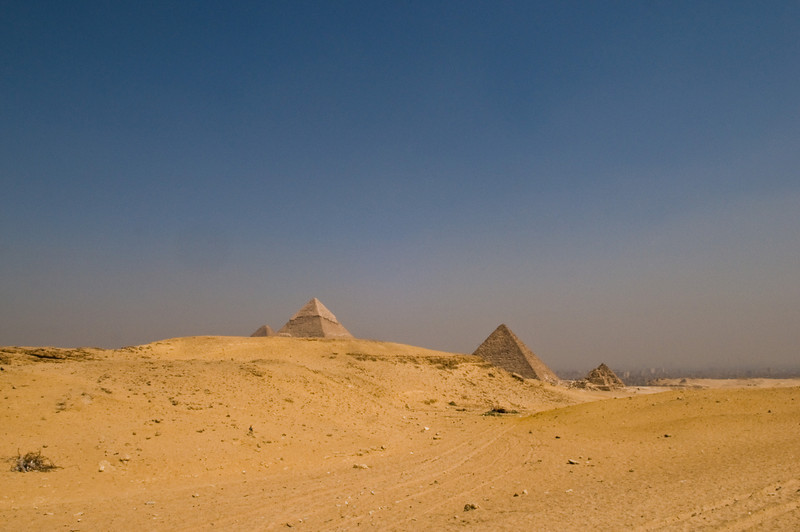 Title: Just Around the Bend<br /> Date: October 2009<br /> Giza