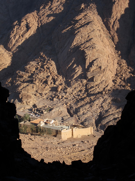 Descending Mount Sinai (2)