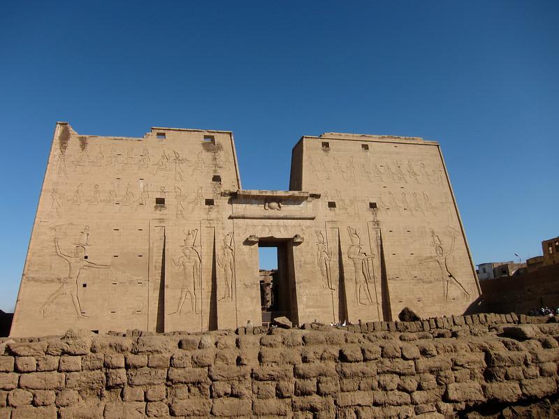 Temple at Edfu (1)