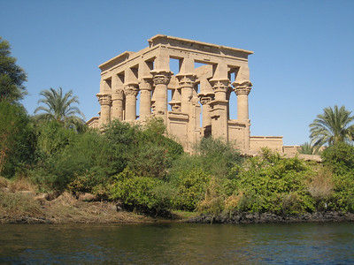 The island temple of Filae
