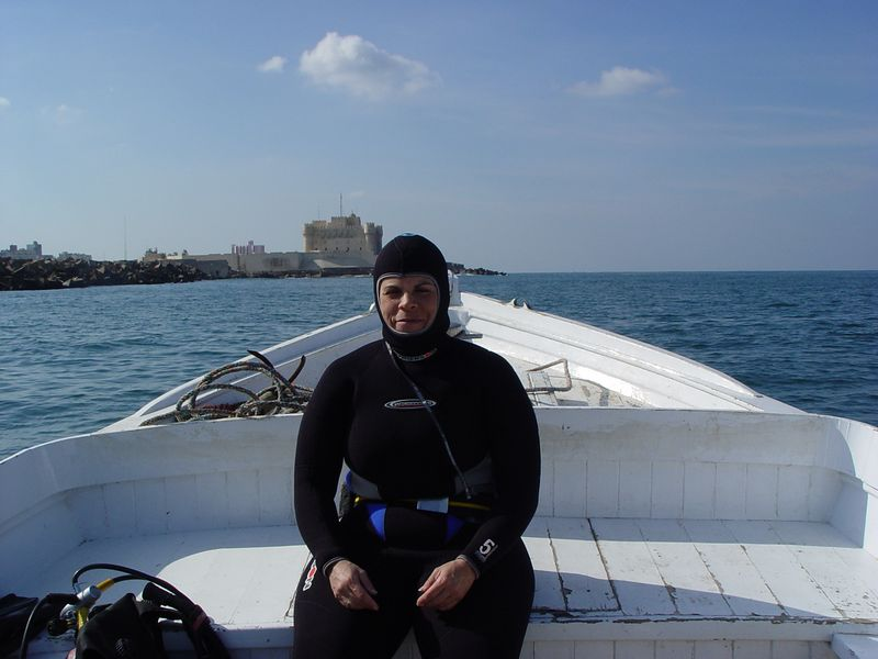 h) Not a very flattering picture of me in my wetsuit.