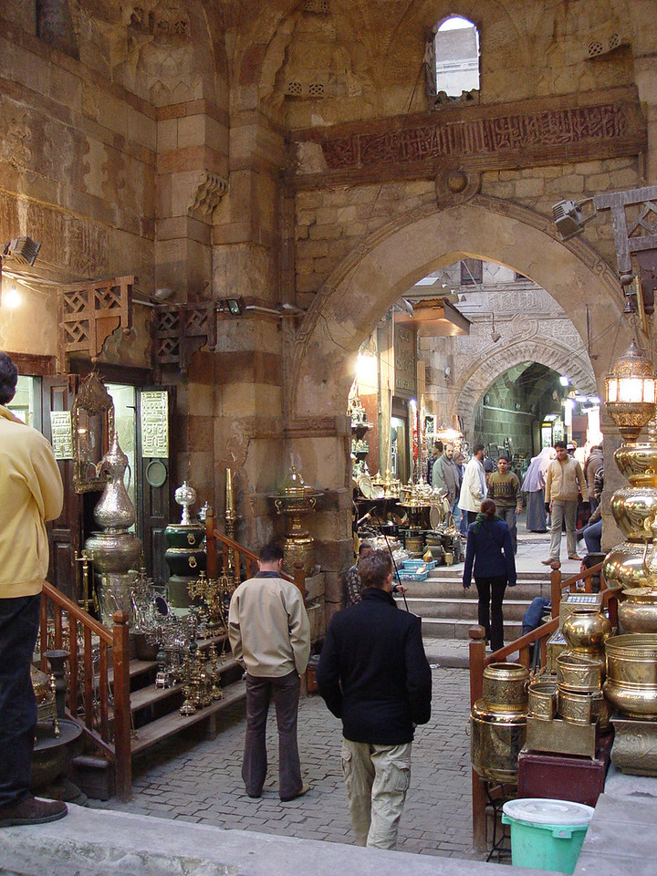j) Then on to the Khan El Khalili bazaar where most of us saved our shopping spree for this place.
