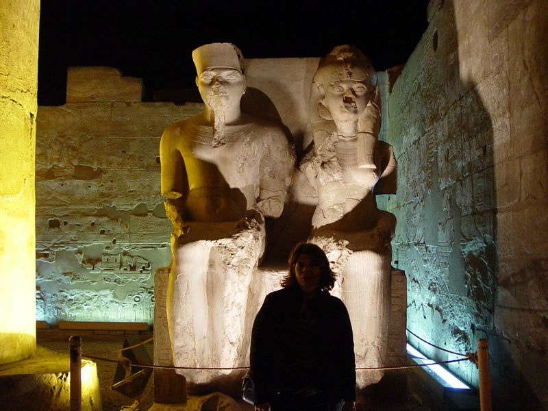 k) Me posing in front of Ramesses and Nefertari.