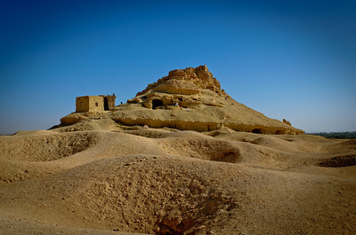 Jan. 22, 2013. We went to visit the Mountain of the Dead with our day guide, Rahim. The mountain holds approximately 2600 tombs from the 26th dynasty, ptolemaic period and Roman era. When fighting spread to Siwa during WWII, the Siwans sheltered in the tombs from bombing attacks.
