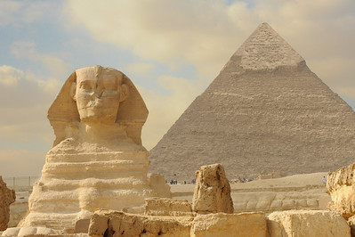The Great Sphinx and the Pyramid of Khafre.