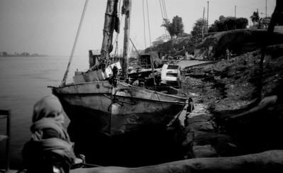 steel ship in Aswan1 1