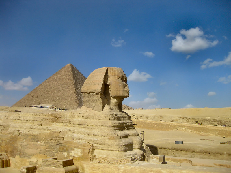 "Great Sphinx and Great Pyramid (or Pyramid of Cheops), Giza. The Great Pyramid was constructed around 2560 B.C. and is the only remaining monument of the <a href=""http://en.wikipedia.org/wiki/Seven_Wonders_of_the_Ancient_World""> Seven Wonders of the Ancient World</a>."