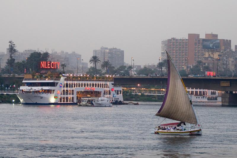 Egypt_NGingold_37