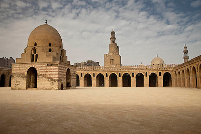 The Court Yard of Mosdque of Ahmed Ibn Tulun_879AD