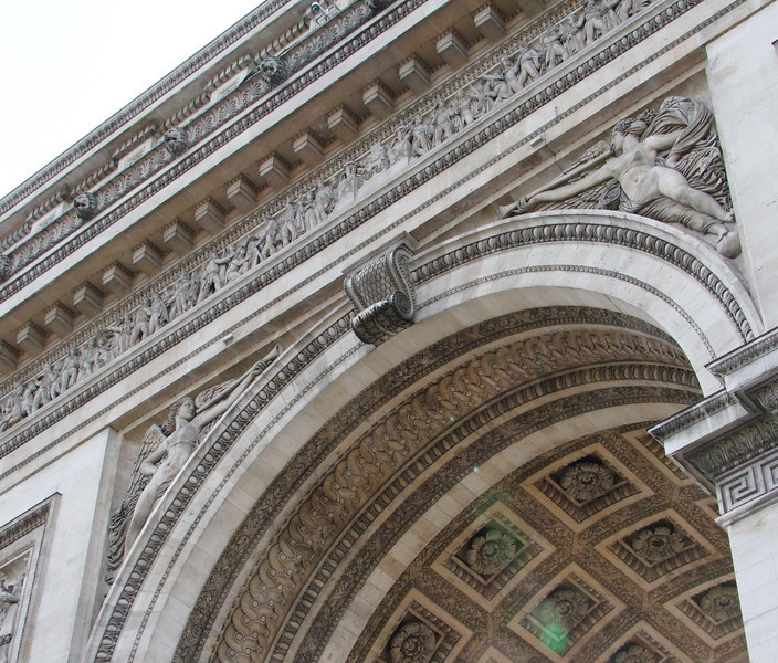 Details on Arc De Triomphe