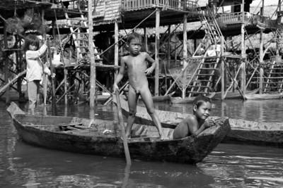 28th November Visit to Khompong Phluk stilted village