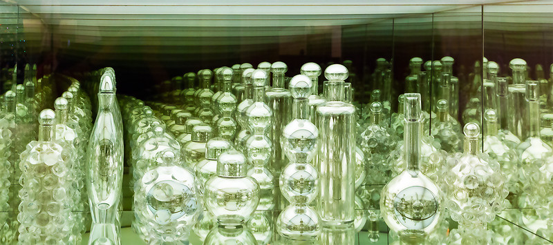 Glass, retreating reflections
