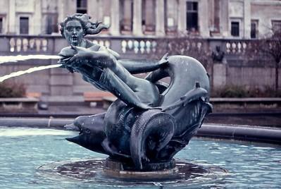 Fountain Buckingham Palace