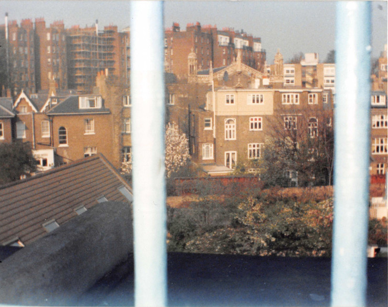 March 31, 1990<br /> London, England<br /> view out of hallway/stairway window from London Visitors Hotel
