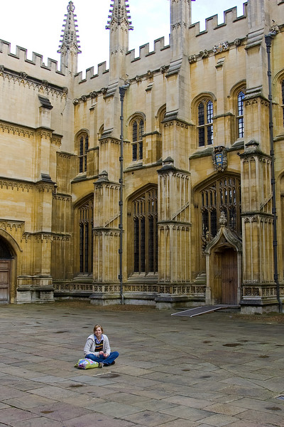 Would you believe a spot outside the Bodleian Library without a crowd of  tourists?