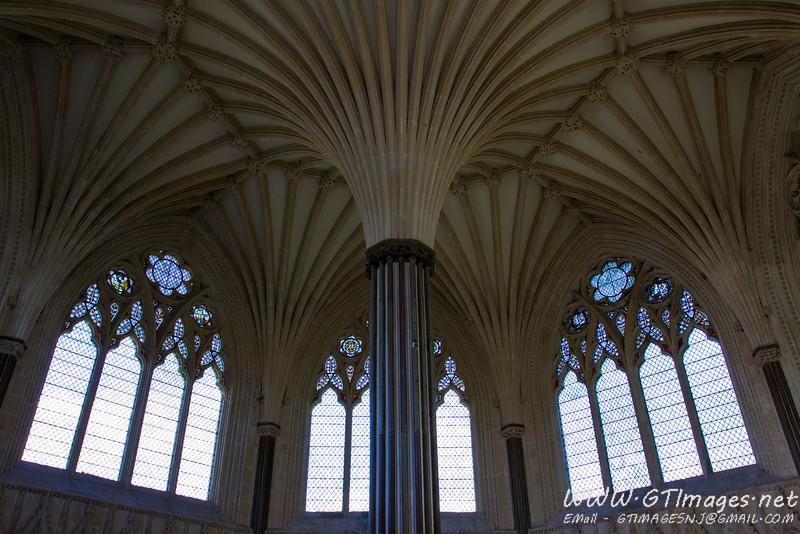 Wells cathedral side chapel - wider angle...