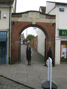 This is the enterance to Mum's school.  The school is no longer there.