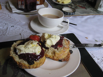 Yummy!  Cream tea!