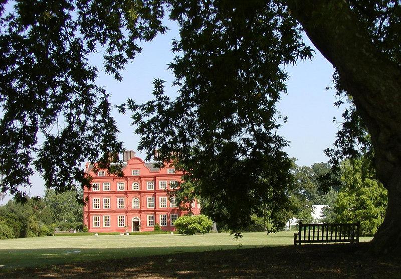 "Kew Palace at Royal Botanic Gardens, London, England.  <br />  <a href=""http://www.kew.org"">http://www.kew.org</a>"