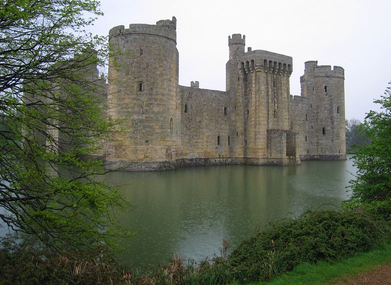 Bodiam Castle, 24 Apr 2005