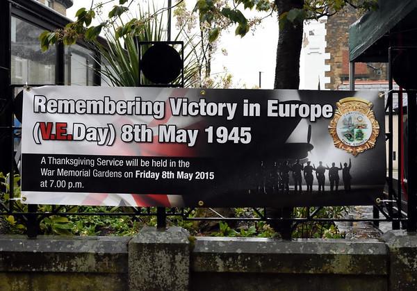 VE Day commemoration, Carnforth, Fri 8 May 2015 1