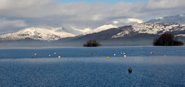 Fairfield horseshoe and Wansfell Pike (right) from Bowness, 23 January 2009