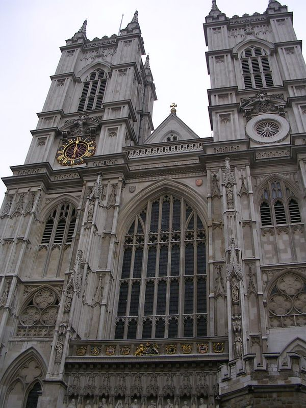 Westminster Abbey from the front.