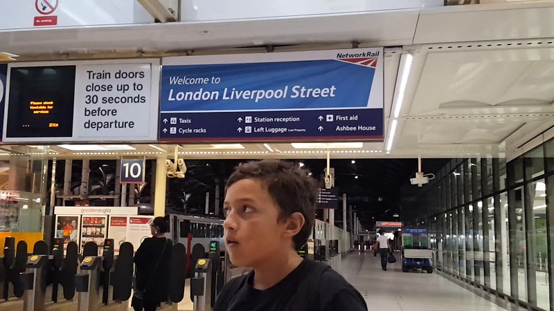 VIDEO of Liverpool Station
