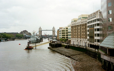View along the River Themes to the Tower Bridge.