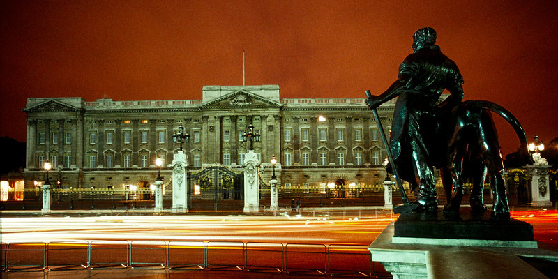 Buckingham Palace, London, England. August 1990 about 10 pm.