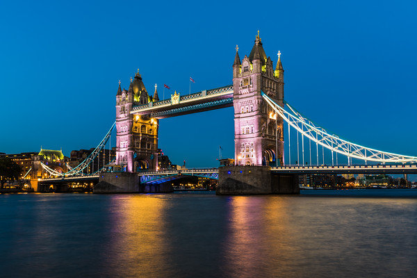 Night Time at Tower Bridge