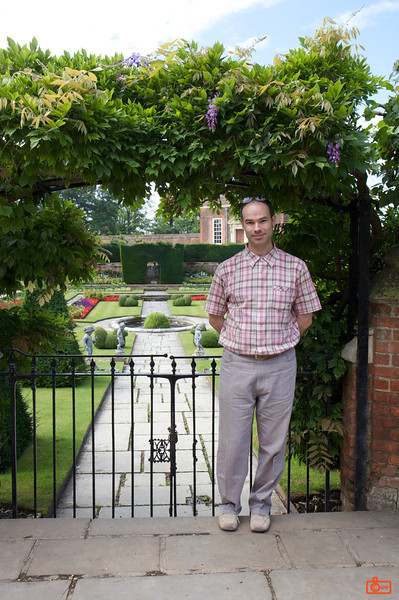 Richard in the Gardens of Hampton Court Palace.<br /> IMG_3978