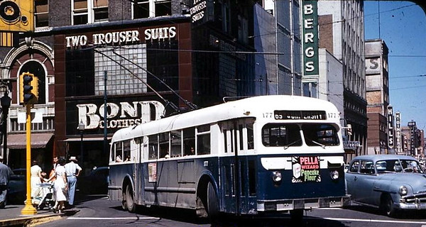 Electric Power Bus<br /> 5th & Walnut<br /> c1950