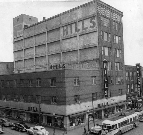 Hills Department Store<br /> 4th & Walnut