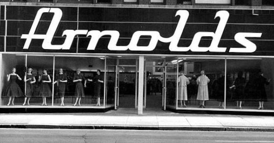 Arnolds Ladies Apparel<br /> 711 Locust