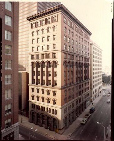 Banker Trust Building