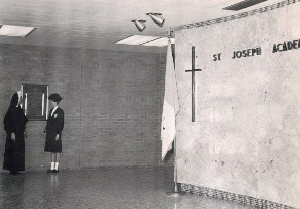 St Joseph Academy<br /> Nice uniform!