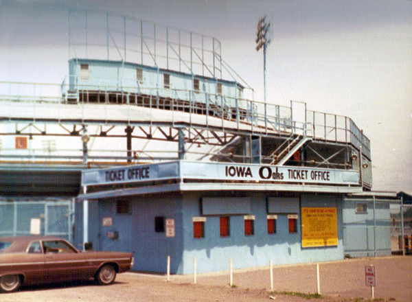 Iowa Oaks Ticket Office<br /> Sec Taylor Stadium