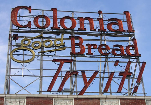 Old Colonial Bread Sign