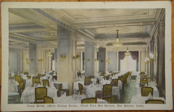 Main Dining Room @ The Hotel Fort Des Moines