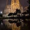 La Sagrada Familia de noche - Barcelona - España