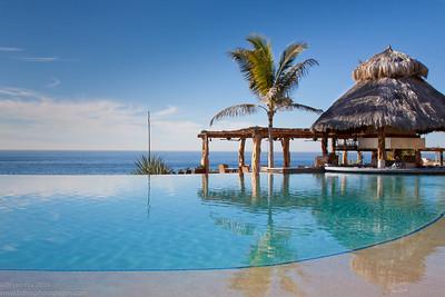 Infinity pool at Esperanza