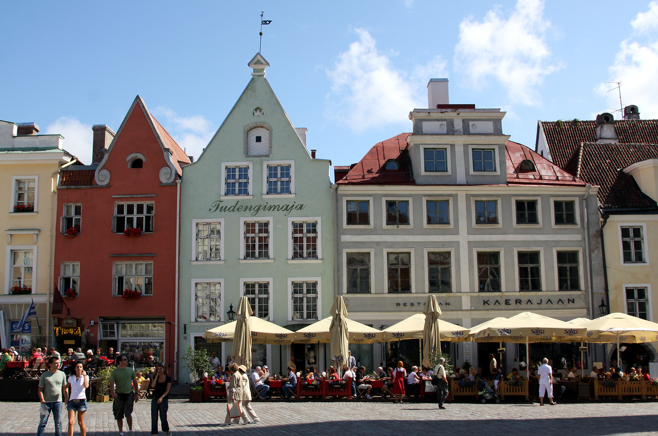 Lower town - Cafes and buildings in Raekoja Plats (Town Hall Square), the central part of Lower Town.